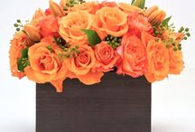 Organic Modern Flowers | NYC / https://www.gabrielawakeham.com Luxury flowers in beautiful orange arrangements are an unexpected and beautiful floral look. Ideal fall and autumn flowers arrangements to send in NYC orange flowers looks great at any time of year. The are great compliments to organic modern interior design and perfect for residential use as well as hotel and restaurant interiors.