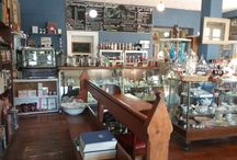 Gaslight Collectables and Old Books
