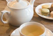 Un salon de thé avec une panthère ;-)