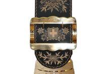 Glocken mit Riemen / Bells with straps / Einige Glocken aus unserem Sortiment Some bells of our sortiment