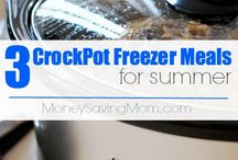 crock pot meals / by Julie Simniok