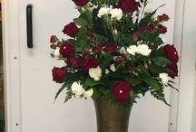 Asetelmat, flower arrangements / Tekemiäni asetelmat