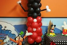 Mickey Mouse Decorations / We have a beautiful decoration with mickey and Minnie for your party