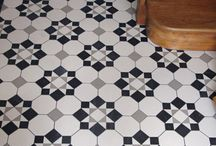 Octagon floor tiles / Examples of new period style geometric floor tile installations featuring the octagon shape.