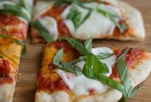 Pizza Recipes / A collection of pizza recipes - try smoking them on a Weber grill!