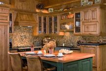 Caribou Creek Kitchens / Different styles of Caribou Creek Log & Timber Kitchens