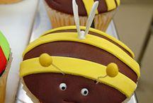 Food-Cupcakes / by Debbie Elliott