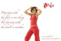 nia / nia... mijn 'me-time' ! bewegingen die aanvoelen alsof ze je lichaam en geest 'masseren'... , jezelf een beetje graag zien, soepel door het leven :-)