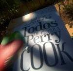 Todos de Pé Para Perry Cook, de Leslie Connor | Resenha