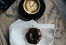 Kansas City Coffee / Wake up and get caffeinated. There's no shortage of places to get your coffee fix in Kansas City. Start your mornings off right at these local coffee shops.