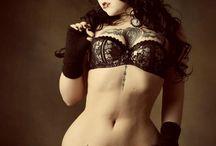 Curvy / Curvy, fluffy, girls, alt, beauty, eff your beauty standards