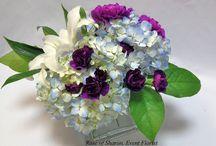 wedding flowers / by Emily Haslag