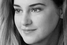 Shailene Woodley / I admire her look,personality,ideas