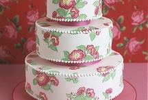 Cakes / by Gabriela Raffaele