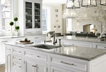 Kitchens / by Liz Harris
