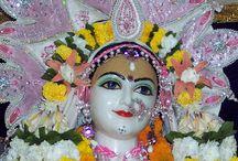 ISKCON Allahabad - Sri Radha Close Up / Amazing wallpapers of ISKCON Allahabad of Radharani maid by ISKCON Desire Tree