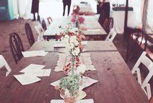 ELISABETH BLUMEN´s Weddings | Decoración de Mesas para Bodas / ELISABETH BLUMEN diseña y realiza la decoración integral de tu celebración de manera totalmente personalizada, para que sea única y singular. Os ayudamos a definir el estilo, la gama de colores y la atmósfera que queréis crear, escogemos las flores más bonitas de la temporada para crear arreglos florales únicos , y nos encargamos de hasta el último detalle de la decoración.