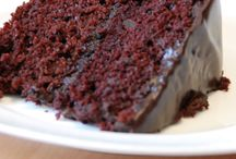 Sweet Treat Recipes / Vegan and plant-based dessert recipes for all occasions. All recipes are meat-free, dairy-free and egg-free.