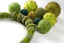 felted jewerly