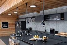 Kitchen / Kitchen bench