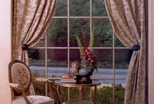 curtains / windows