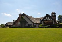 Biltmore / Biltmore Homes North Barrington * Prices $200,000 to $2,000,000 * Sizes 1,500 to 10,000 square feet * All styles – Colonial, traditional, contemporary, ranches. * Limited availability of golf course views from homes. * One third to one half acre lots. A few are larger. * Age of homes 50 to 70 years. A few newer..If you are interested in finding out more information on available property in Biltmore,call 847-847-4711
