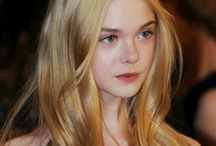 IT GIRL - Elle Fanning - Actress
