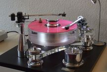 Great Vintage Turntables - Record Players / Vintage Record Players & Turntables + Old Record Changers
