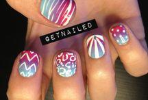 How to do Nails:) / by Cassandra Pollock