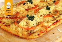 Pizzas / Del frezzer al horno. Tamaño 30x40 cm.