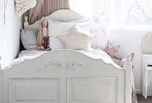 Подушки, текстиль