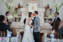 White Wedding Inspiration / All-White Weddings by Soirée Floral | www.soireefloral.com |