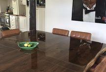 Tafels en Interieur / Maatwerk tafels en interieur elementen in hout.