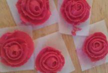 Lyndz cake creations