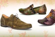 Think! Herbst- Winterkollektion / Bei uns finden Sie Schuhe für jeden Anlass. Ob Pumps, Schnürer, Sneaker, Stiefeletten, Stiefel oder Hausschuhe bei uns ist für jeden etwas dabei. Besuchen Sie uns unter www.thinkshoes.com