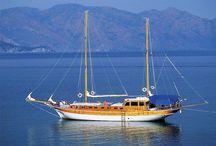 Blue Cruise Turkije, zeilvakanties / Een heerlijk sportieve vakantie; flottielje zeilen. Heerlijk een week zeilen langs de mooiste badplaatsen van Turkije. Verleng eventueel je vakantie met een week in een heerlijk resort!