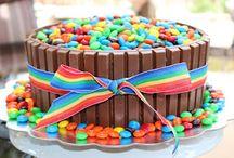 M&M KitKat taart