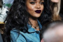RIHANNA//LOOKS AND MAKE