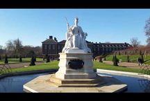 London: Kensington Palace. Palatul Kensington din Londra. Кенсингтонский дворец - Лондон. / Palatul Kensington este o rezidență regală situată în Londra. Este reședința familiei regale britanice începând cu secolul al XVII-lea. Regina Victoria a trăit în acest palat construit în secolul al XVII-lea până la ascensiunea pe tron. Palatul este încă reședința membrilor familiei regale. Astăzi este reședința oficială a Ducelui și a Ducesei de Gloucester, a Ducelui și a Ducesei de Kent și a Prințului și Prințesei Michael de Kent. A fost reședința oficială a Dianei, Prințesă de Wales (până la