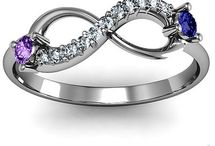 My kinda bling / Promise rings,Engagement rings and wedding rings my kinda jewelry