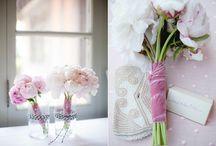 Apis Floral Love