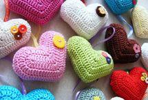 háčkování různé (srdce,košíky,deky)