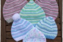 Knit hats and more / Hats, mittens etc.