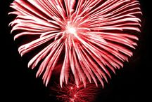 Fireworks artistry ideas / Add a sign or logo to an outdoor fireworks display. Stand apart from the rest!
