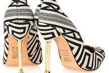 sapatos  schutz 290,00