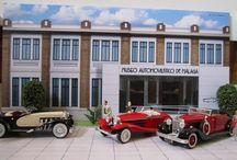 Miniaturas y Dioramas / Miniaturas de nuestros automóviles y diormas que podreis encontrar en nuestra tienda dentro de El Museo Automovilístico de Málaga