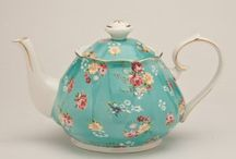 adorable shabby chic porcelains