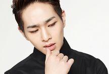 Onew (온유) / SHINee (샤이니)