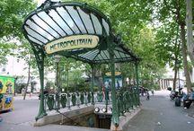 Art Nuveau-Édicules Guimard / Stations du métro de Paris