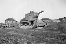 Heavy tank KV-2 / Czołg ciężki KW-2